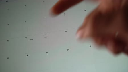 mensal : Close up shot of woman firnger choosing period mark on screen calendar on phone or tablet, menstrualtion Vídeos