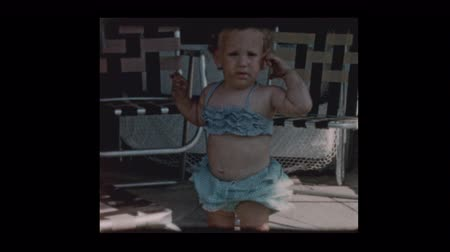 sentimentální : Posing Cute little girl in 2 piece bathing suit 1961