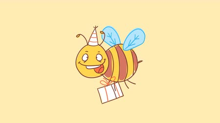 čmáranice : Bee holds gift and smiles. Funny character. Alpha channel. Motion graphics Dostupné videozáznamy