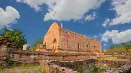 budha : Wat Maheyong, Ancient temple and monument in Ayutthaya province, Thailand