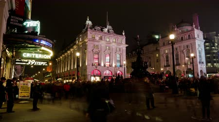 tüp : 4k Time Lapse of Piccadilly Circus Square, London Stok Video