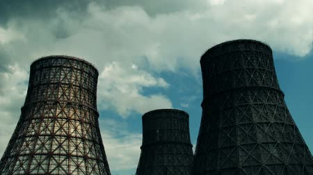 cooling tower : coal-burning power plant