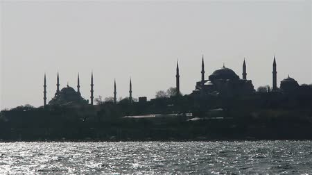 минарет : Two mosques from a sea in Istanbul, Turkey