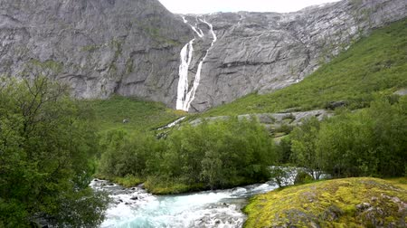 glacier national park : Briksdalsbreen is one of the most accessible and best known arms of the Jostedalsbreen glacier.