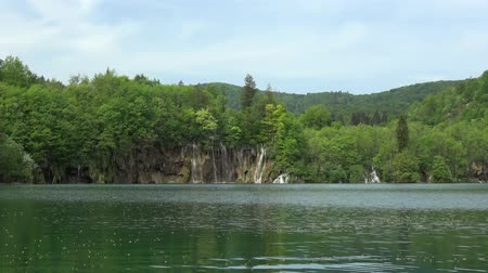 kwiecień : Plitvice Lakes National Park is one of the oldest national parks in Southeast Europe and the largest national park in Croatia.