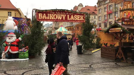 personalizado : Christmas market on Market square at the Old Town of Wroclaw - Poland.