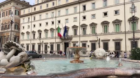 palazzo : Palazzo Chigi at the Piazza Colonna in Rome. Residence of the Italian Prime Minister - Italy
