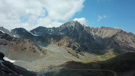 toscana : Valley Mountain Landscape Kyrgyzstan. Western Kyrgyzstan Pamir Mountains Landscape. Travel Asia. Stock Footage