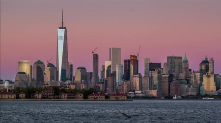 Zonsondergang tijdspanne van de skyline van Lower Manhattan Stockvideo