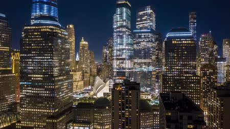 arka görünüm : Aerial drone hyperlapse of New York skyline at night with pull back motion away from the Lower Manhattan skyscrapers