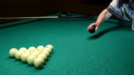 sinuca : Billiard billiard balls Selective focus. Stock Footage