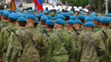 soldados : Russian Soldiers Marching