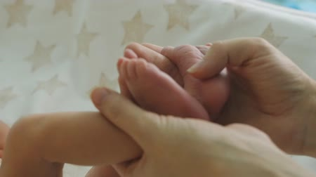 newborn child : Touching newborn babys feet