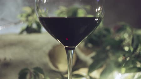 bares : Red Wine in a glass