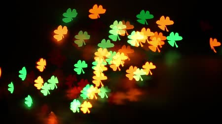 comemoração : abstract colorful background for St. Patricks Day in the form of three sheeted clover