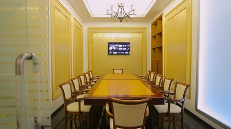 sala de reuniões : Business boardroom without people