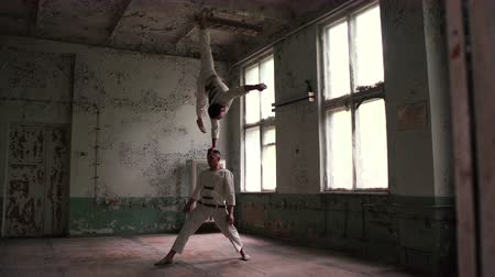 psycho : Amazing acrobats and balance on the hand. Stock Footage