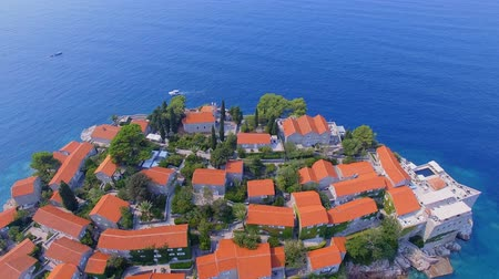 адриатический : Aerial View Of Hotels on The Island, Montenegro, Sveti Stefan 10
