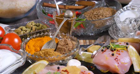 tandoori : Dolly close up view of ingredients and indian spices for chicken tikka masala