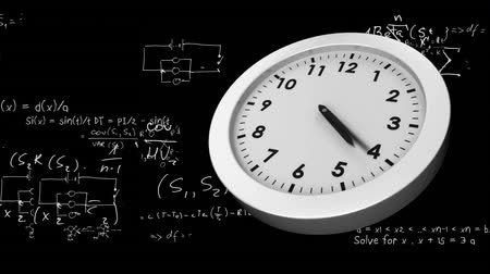 секунды : Digitally generated animation of white clock ticking while mathematical equations in white appears on black background