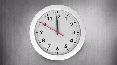 полночь : Digitally generated white clock striking to 12.