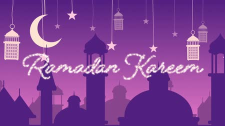arabeska : Digitally generated animation of a silver glitter Ramadan kareem greeting with a purple background of mosque silhouettes and white lanterns hanging with yellow stars and moon in white Dostupné videozáznamy