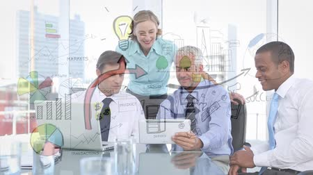 vývojový diagram : Digital composite of a group of business people in the office looking at plans on a tablet with a digital flowchart running in the foreground Dostupné videozáznamy