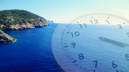 аналог : Digital composite of a beach scenery with a clock running in the foreground