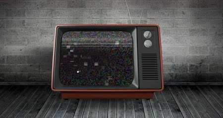 sintonizador : Digital animation of an old television placed on a wooden floor and brick wall while there is static on the screen 4k