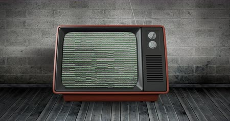 sintonizador : Digitally generated animation of an old television with static on screen placed on wooden floor and a brick wall 4k