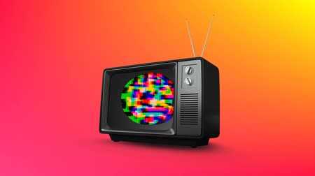 hangoló : Digital animation of an old television with colorful static shaped in a circle with a colorful background Stock mozgókép
