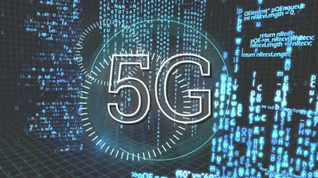 escrito : Digital animation of 5G written in the middle of a futuristic circle and program codes moving in the background