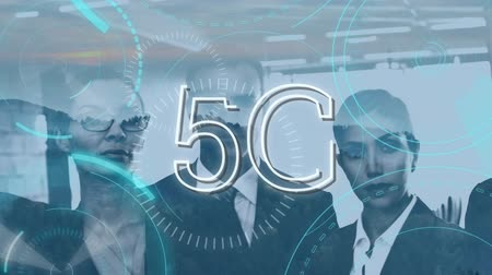 descarregamento : Digital animation of a group of business people with a 5G internet speed. The screen then moves to the left showing mountains with trees.