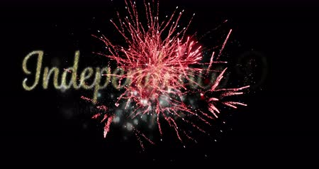 escrito : Digital animation of gold Independence Day text with red fireworks exploding against black background. 4k