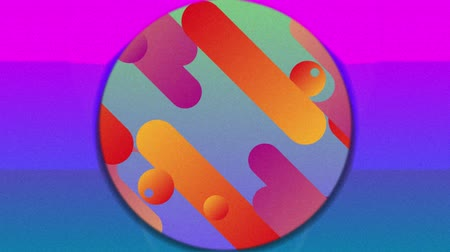 concêntrico : Animation of parallel rows of capsule, circular and h shapes in red, orange and pink hues entering a red background while concentric circles converge revealing a pink and purple background with rising moon. The capsule shapes return over a background of g Vídeos