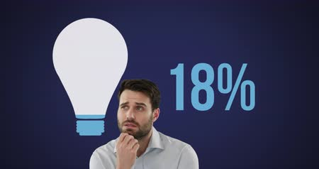 価値 : Animation of young Caucasian thoughtful man with light bulb shape and and percent increasing from zero to one hundred filling in blue on dark blue background 4k