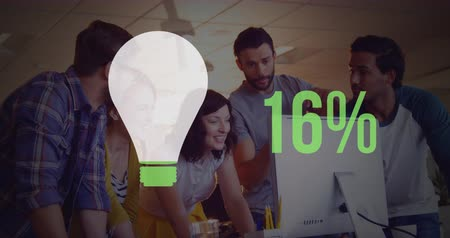 százalék : Animation of young multi ethnic office workers with light bulb shape and percent increasing from zero to one hundred filling in green in the foreground 4k