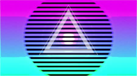 уменьшающийся : Animation of white triangle with colourful concentric circles enlarging and diminishing, on a black background