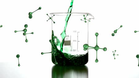 애니메이션 : Animation of 3d metallic green abstract molecules rotating with green liquid pouring into a laboratory beaker on a white background