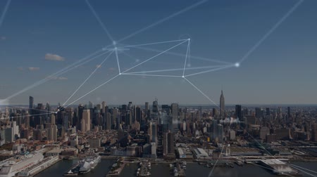 animaties : Animation of network of connections, data processing and business graphs and statistics with cityscape in the background