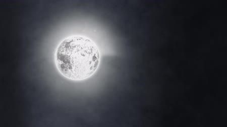 luna piena : Animation of night sky with full moon and clouds of smoke