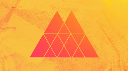 špičatý : Animation of a hot orange and pink background seen through a yellow double peaked triangular shaped window in the foreground Dostupné videozáznamy