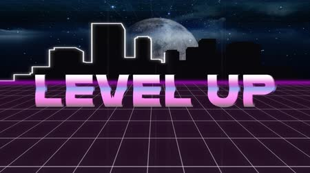 escrito : Animation of vintage video game screen with the words Level Up written in pink metallic letters appearing and disappearing on grid moving in seamless loop, moon and cityscape at night in the background. Vintage video game concept.