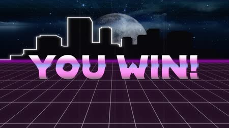 escrito : Animation of vintage video game screen with the words You Win! written in pink metallic letters appearing and disappearing on grid moving in seamless loop, moon and cityscape at night in the background. Vintage video game concept.