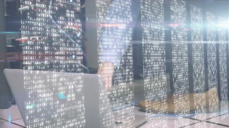 gondoskodó : Animation of male IT technician working connecting cables, data processing and digital information flowing through network of computer servers in a server room with white light trails flowing on surface. Global network of internet service provider or data