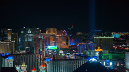 pyramida : Aerial 4K Las Vegas Strip Time Lapse Features The Luxor Pyramid Dostupné videozáznamy