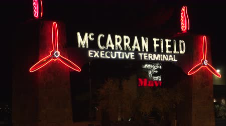 letectví : 4K ES: Now the Executive Terminal servicing executive, celebrity, and high roller travelers, McCarran Field is the birthplace of commercial aviation serving tourism to the Las Vegas valley. Circa - 2016