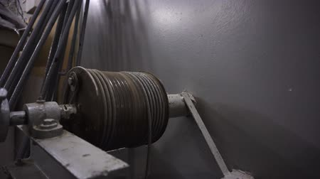 hawser : Steel wire rope wound on winch drum