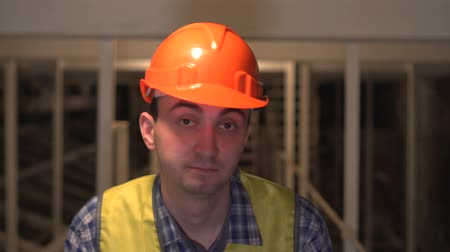 sem camisa : Shaking Head to Reject, No by Worker or Engineer or architect on construction site Stock Footage