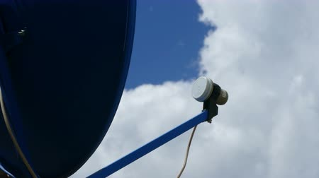 banda larga : Satellite TV Antenna with clouds timelapse. Cable TV antenna
